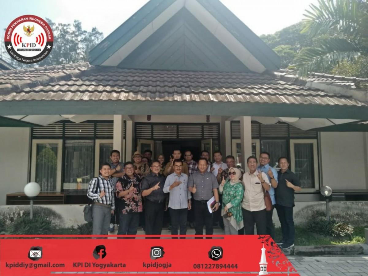 KPID DIY Menerima Kunjungan Studi Banding Komisi I DPRD Provinsi Jawa Barat Terkait Mekanisme Pemilihan Anggota KPID